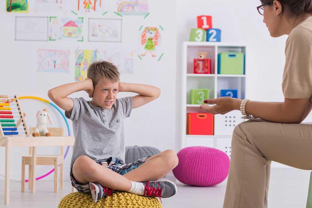 Síndromes de inicio en la infancia y adolescencia - CDINC Barcelona